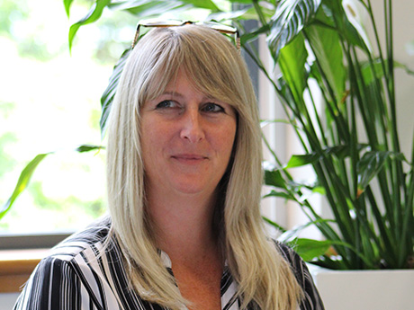 I'm Tracy and I have worked at MDL for 6 ½ years as a UK Credit Controller. I love the challenge of completing account reconciliations to specified deadlines and working with our publishers. I also look after the H0/E-books ledger – another new challenge I am keen to take on.